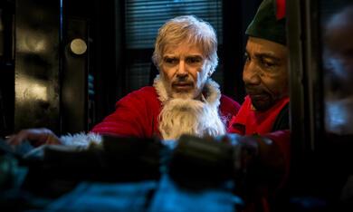 Bad Santa 2 mit Billy Bob Thornton und Tony Cox - Bild 9