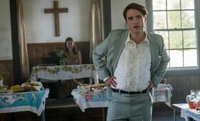 The Devil All the Time mit Robert Pattinson - Bild 2