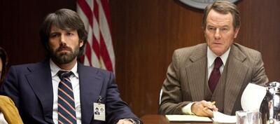 Ben Affleck und Bryan Cranston in Argo