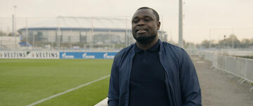 Gerald Asamoah in der Doku bei Amazon