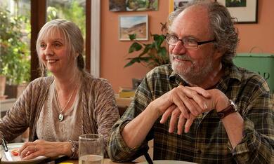 Another Year mit Jim Broadbent und Ruth Sheen - Bild 2