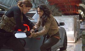 Fast & Furious 6 mit Michelle Rodriguez - Bild 13
