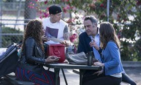 Single Parents, Single Parents - Staffel 1 mit Leighton Meester, Brad Garrett und Jake Choi - Bild 4