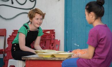 Ente gut! Mädchen allein zu Haus mit Lisa Bahati Wihstutz - Bild 3