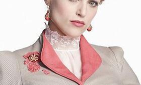 Katie McGrath in Dracula - Bild 8