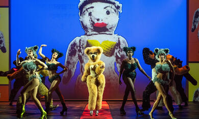 Jean Paul Gaultier: Freak And Chic - Bild 8