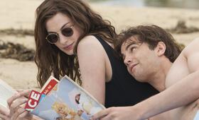 Zwei an einem Tag mit Anne Hathaway - Bild 66