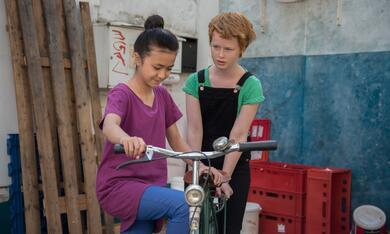 Ente gut! Mädchen allein zu Haus mit Lisa Bahati Wihstutz - Bild 7