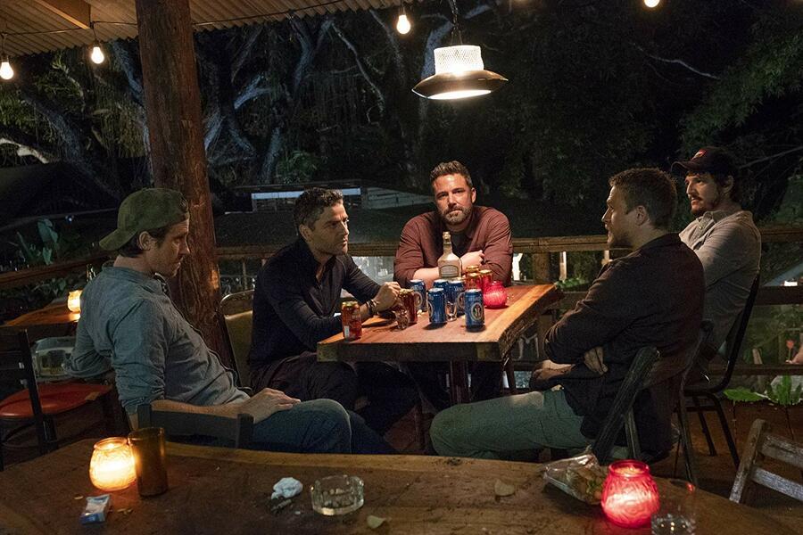 Triple Frontier mit Ben Affleck, Oscar Isaac, Charlie Hunnam, Pedro Pascal und Garrett Hedlund