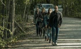 The Silence mit Stanley Tucci, Miranda Otto, Kiernan Shipka und Kate Trotter - Bild 1
