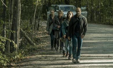 The Silence mit Stanley Tucci, Miranda Otto, Kiernan Shipka und Kate Trotter - Bild 10