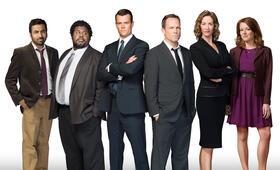 Battle Creek, Staffel 1 mit Josh Duhamel, Kal Penn, Dean Winters, Janet McTeer, Aubrey Dollar und Grapevine - Bild 32