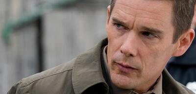 Ethan Hawke in Regression