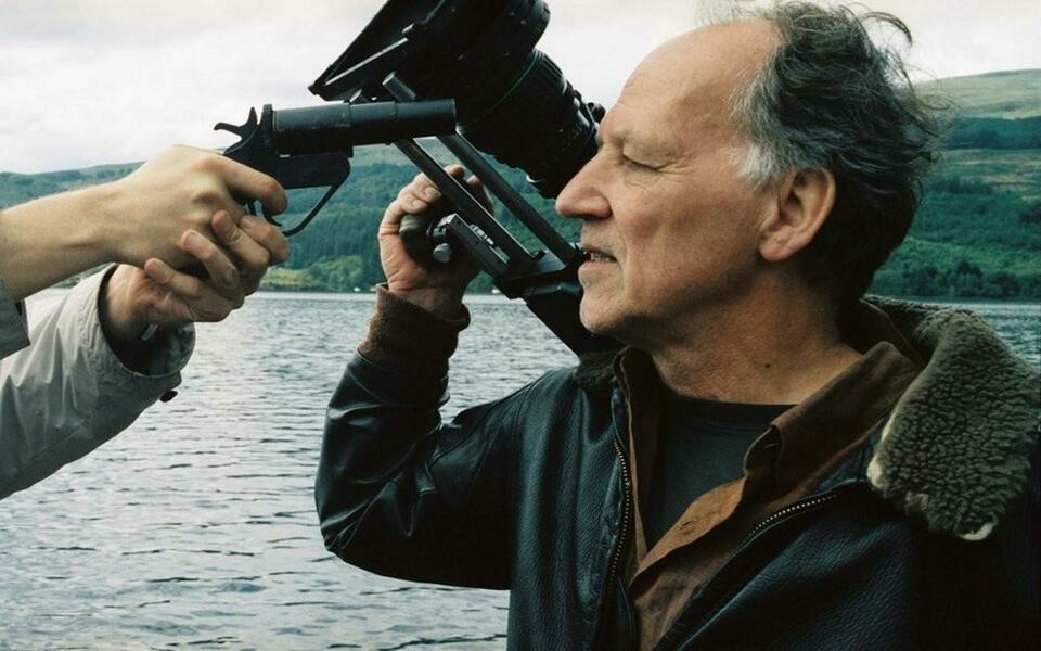 """Werner Herzog als Schauspieler in """"Zwischenfall am Loch Ness"""""""