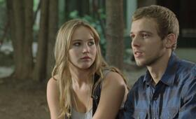 House at the End of the Street mit Jennifer Lawrence und Max Thieriot - Bild 13