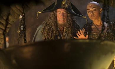 Pirates of the Caribbean 5: Salazars Rache mit Geoffrey Rush und Golshifteh Farahani - Bild 4