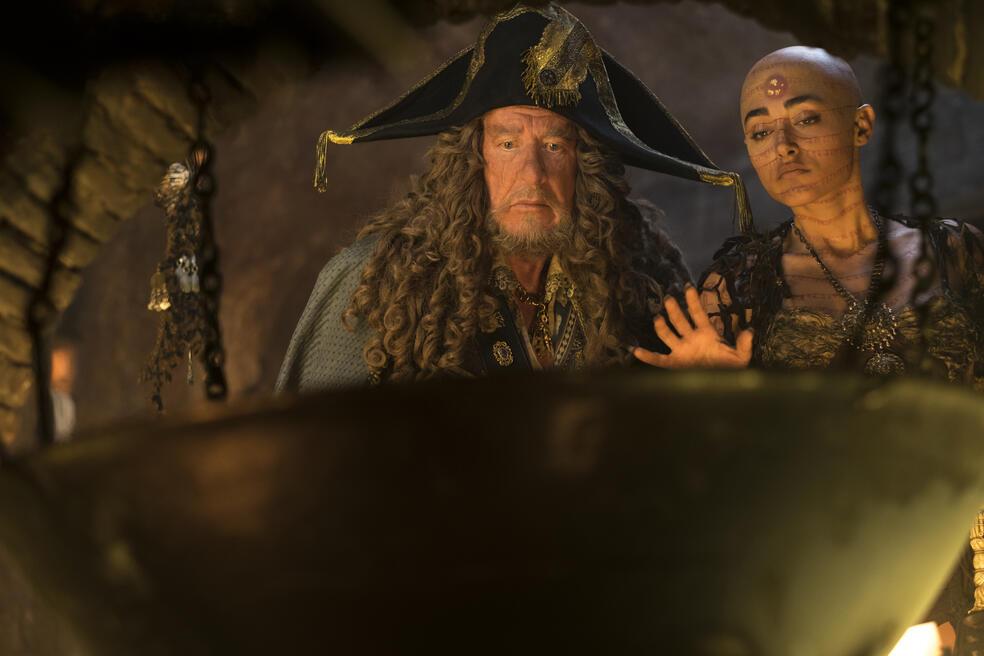 Pirates of the Caribbean 5: Salazars Rache mit Geoffrey Rush und Golshifteh Farahani