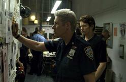 Eddie (Richard Gere) und Sal (Ethan Hawke) gemeinsam auf dem Revier.