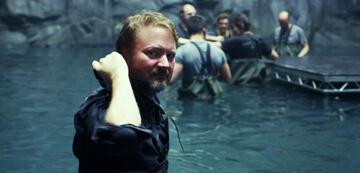 Rian Johnson bei den Dreharbeiten zu Star Wars 8: Die letzten Jedi