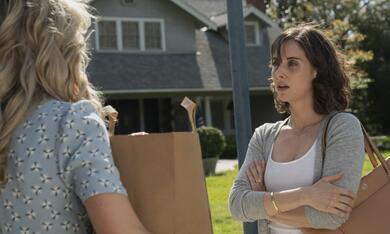 Promising Young Woman mit Carey Mulligan und Alison Brie - Bild 7