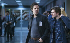 Salvation, Salvation - Staffel 1 mit Santiago Cabrera - Bild 8