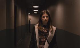The Accountant mit Anna Kendrick - Bild 3