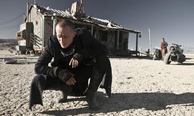 Priest mit Paul Bettany - Bild 7