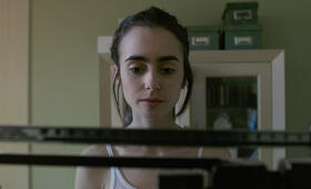 To the Bone mit Lily Collins - Bild 59