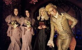 Lemony Snicket - Rätselhafte Ereignisse mit Jim Carrey, Jennifer Coolidge, Catherine O'Hara und Jane Adams - Bild 2