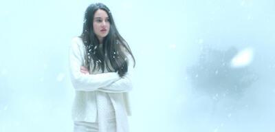 Shailene Woodley in White Bird in a Blizzard