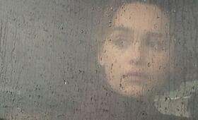 Voice from the Stone - Ruf aus dem Jenseits mit Emilia Clarke - Bild 103