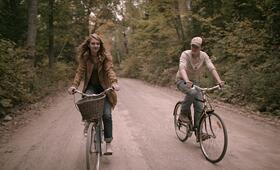 Mean Dreams mit Sophie Nélisse und Josh Wiggins - Bild 9