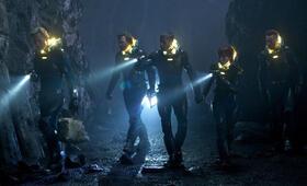 Prometheus - Dunkle Zeichen mit Rafe Spall und Logan Marshall-Green - Bild 17