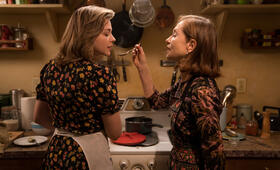 Greta mit Chloë Grace Moretz und Isabelle Huppert - Bild 15