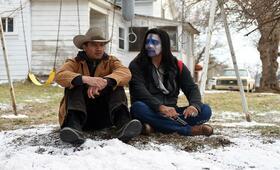 Wind River mit Jeremy Renner und Gil Birmingham - Bild 1