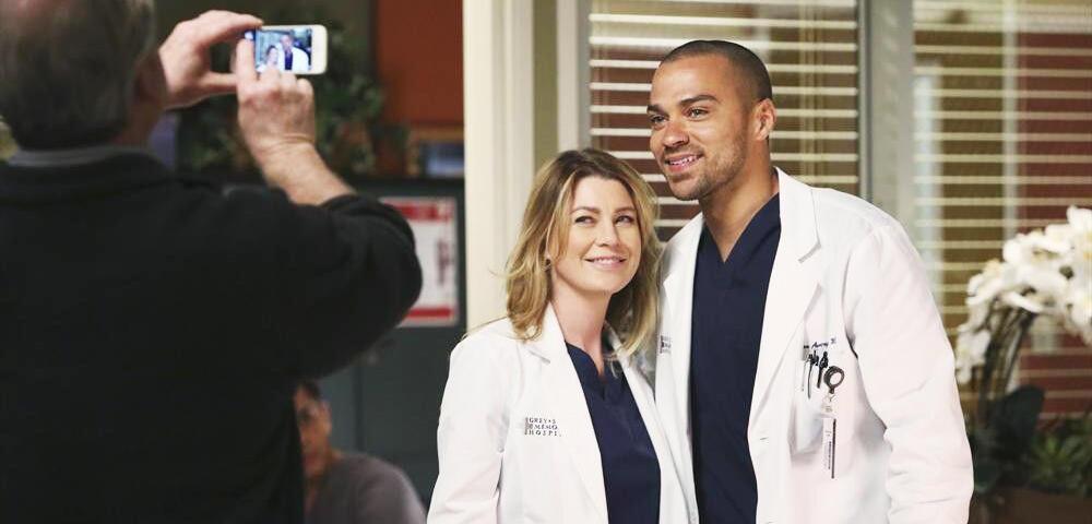 Ist euch aufgefallen, wie häufig Grey\'s Anatomy-Stars bei der Serie ...