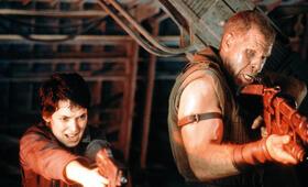 Alien - Die Wiedergeburt mit Ron Perlman und Winona Ryder - Bild 11
