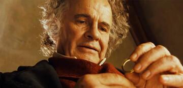 Ian Holm als Bilbo in Der Herr der Ringe