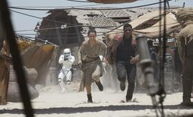 Star Wars: Episode VII - Das Erwachen der Macht mit Daisy Ridley und John Boyega - Bild 26