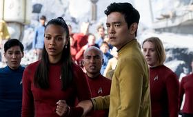 Star Trek Beyond mit Zoe Saldana und John Cho - Bild 21