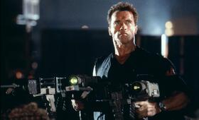 Eraser mit Arnold Schwarzenegger - Bild 9