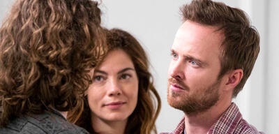 Aaron Paul und Michelle Monaghan in The Path