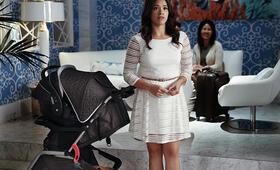 Staffel 2 mit Gina Rodriguez - Bild 32