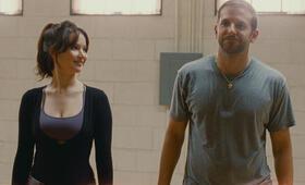 Silver Linings mit Jennifer Lawrence und Bradley Cooper - Bild 1