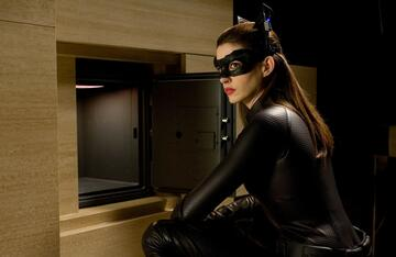 Anna Hathaway als Catwoman in The Dark Knight Rises