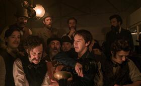 Edison - Ein Leben voller Licht mit Benedict Cumberbatch und Oliver Powell - Bild 26