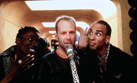 Das fünfte Element mit Bruce Willis und Chris Tucker - Bild 268