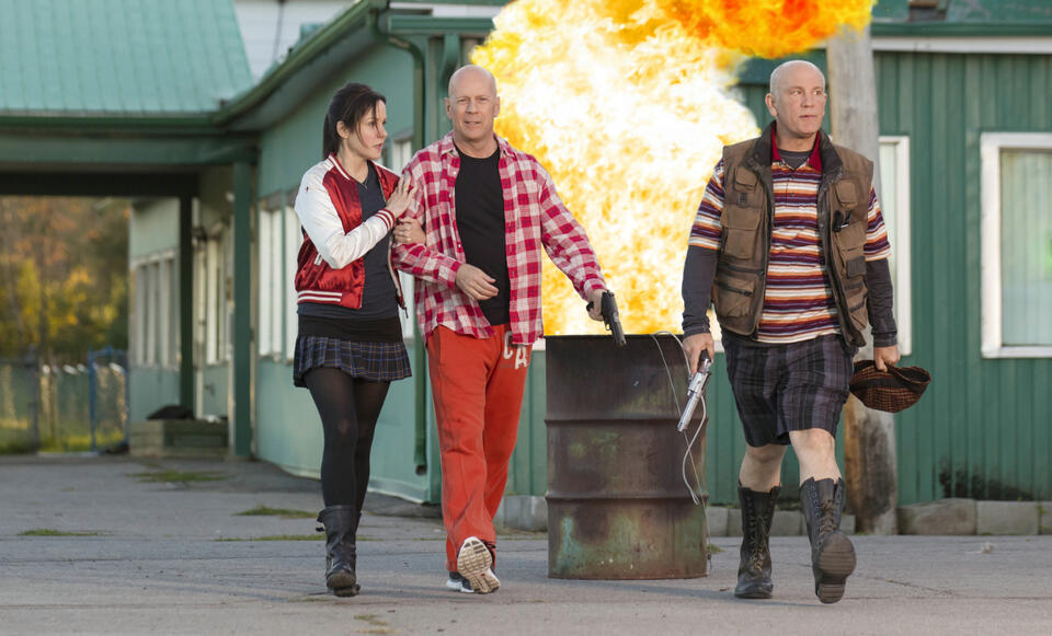 R.E.D. 2 mit Bruce Willis, John Malkovich und Mary-Louise Parker