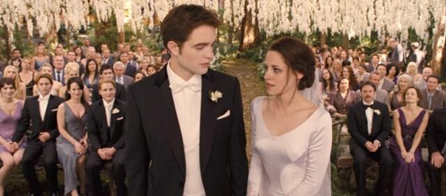 Robert Pattinson & Kristen Stewart in Breaking Dawn - Bis(s) zum Ende der Nacht - Teil 1