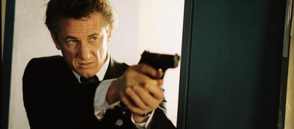 Der Beweis: Sean Penn trainiert die Neeson-Pose schon seit Jahren